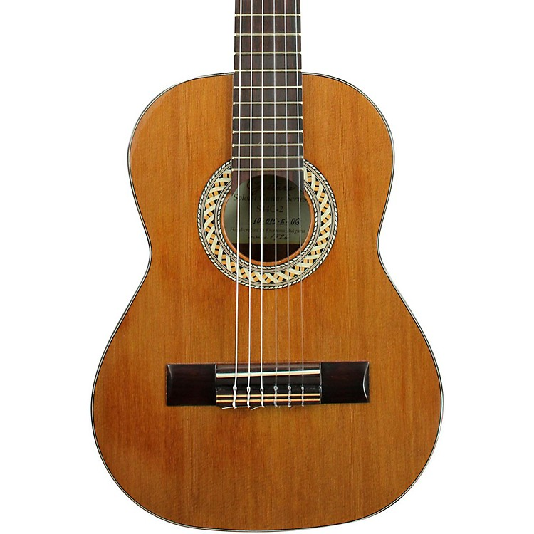 Kremona 1/4 Scale Classical Guitar Gloss Natural