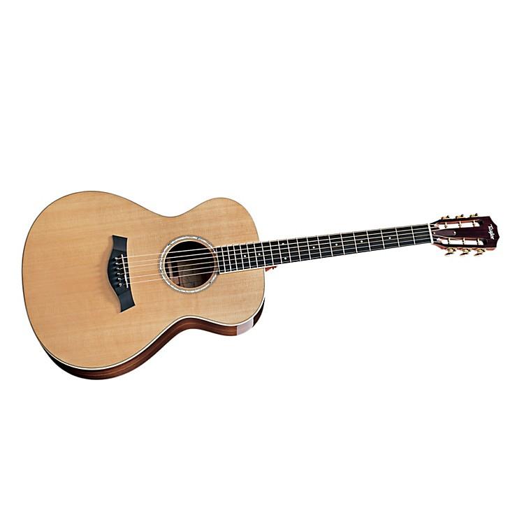 Taylor2012 GC7 Rosewood/Cedar Grand Concert 6-String Acoustic Guitar