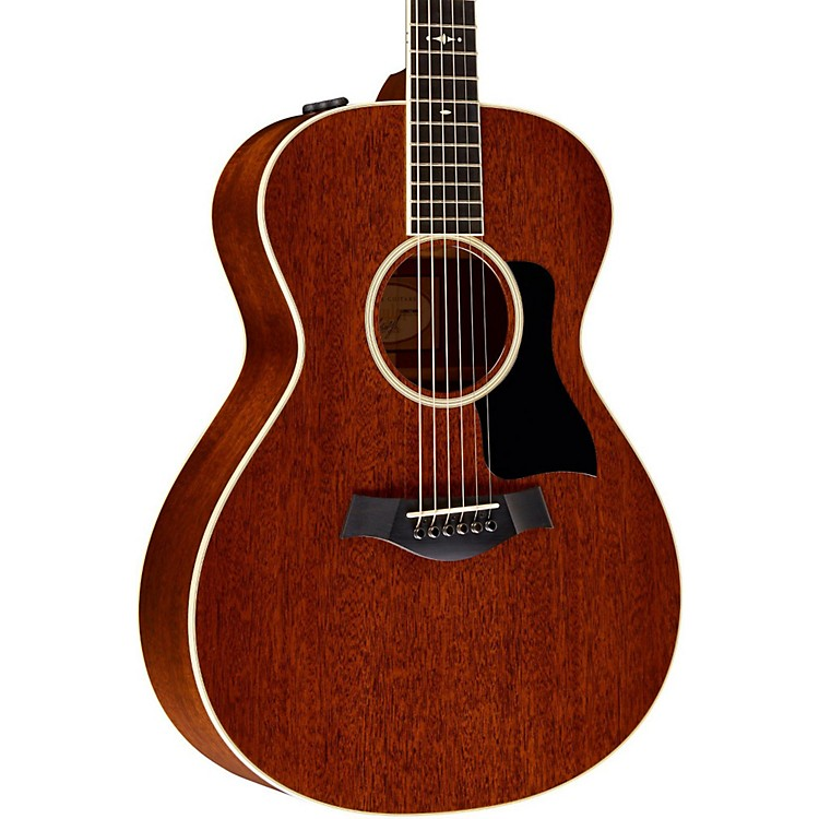 Taylor2014 500 Series 522e Grand Concert Acoustic-Electric GuitarMedium Brown Stain