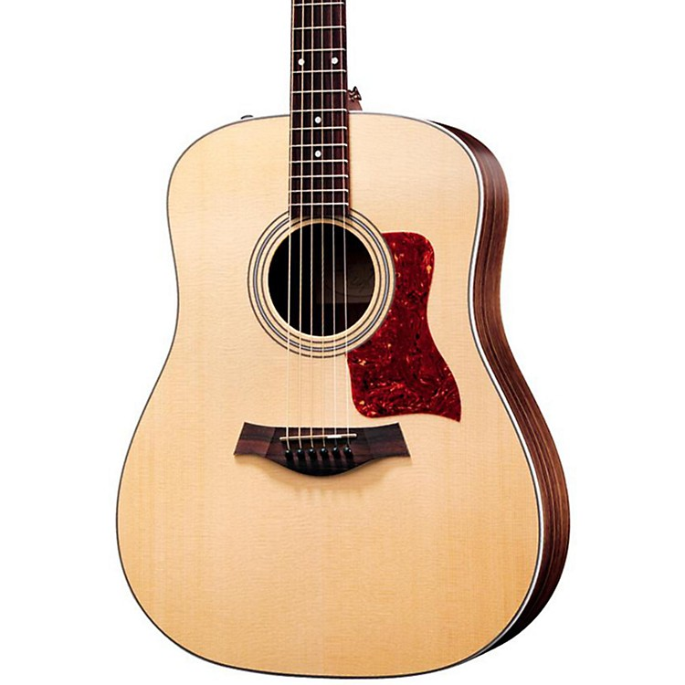 Taylor210e Rosewood/Spruce Dreadnought Acoustic-Electric GuitarNatural