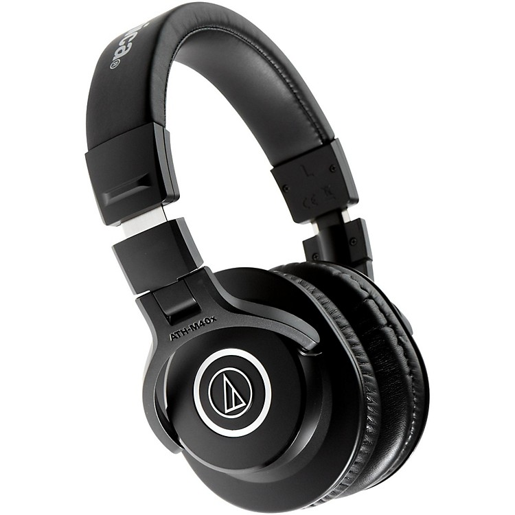 Audio-TechnicaATH-M40x Closed-Back Professional Studio Monitor HeadphonesBlack