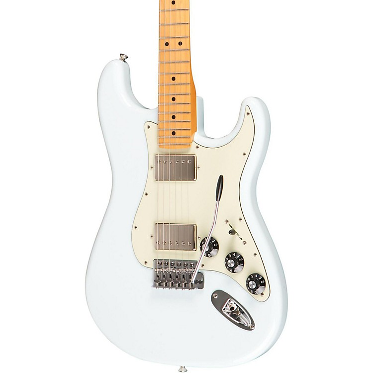Fender Blacktop Stratocaster Hh With Maple Fretboard