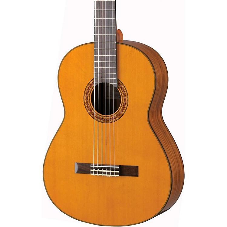 YamahaCG162C Cedar Top Classical GuitarNatural