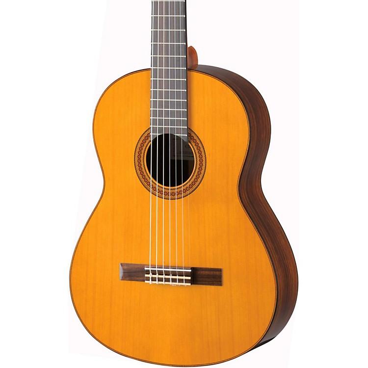 YamahaCG182C Cedar Top Classical GuitarNatural