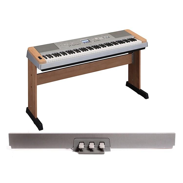 YamahaDGX-640 88-Key Digital Piano Cherrywith LP-7 Pedal Unit