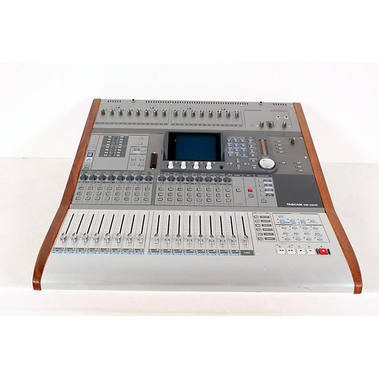 Tascam DM-3200 Digital Mixer Regular 888365856995
