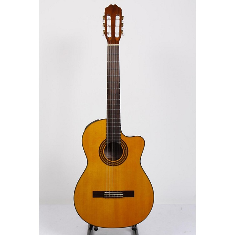 Takamine EG522C Classical Cutaway Acoustic-Electric Guitar Natural 886830736483