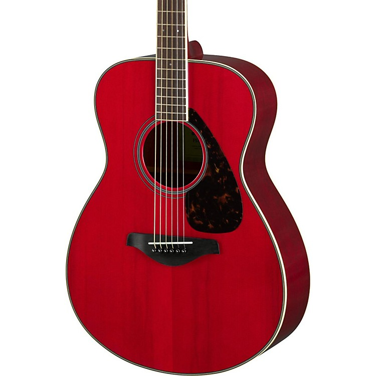 YamahaFS820 Small Body Acoustic GuitarRuby Red