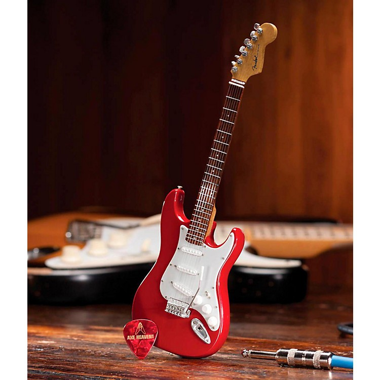 Axe HeavenFender Stratocaster Classic Red Miniature Guitar Replica Collectible