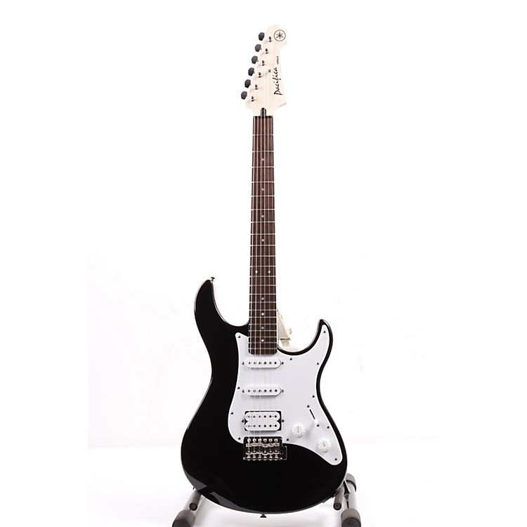 Yamaha GigMaker EG Electric Guitar Pack Black 886830429873