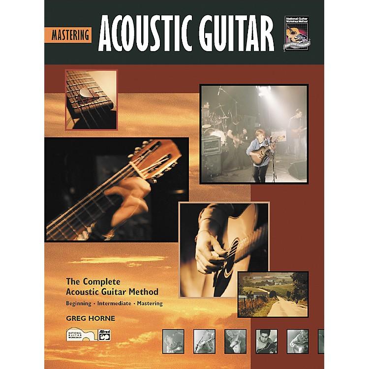 AlfredMastering Acoustic Guitar (Book/CD)