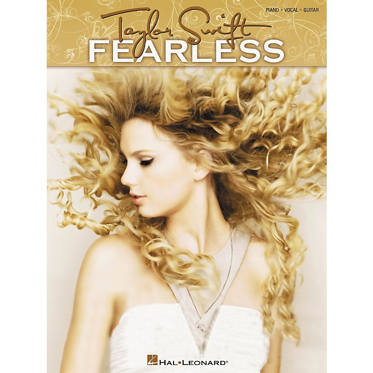 Hal LeonardTaylor Swift - Fearless Songbook for Piano, Vocal, and Guitar