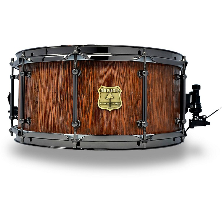 OUTLAW DRUMSWeathered Douglas Fir Stave Snare Drum with Black Chrome Hardware14 x 6.5 in.Tobacco Glaze