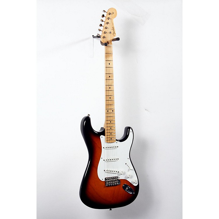 Fender 60th Anniversary American Vintage 1954 Stratocaster Electric Guitar 2-Color Sunburst, Maple Fingerboard 888365713946