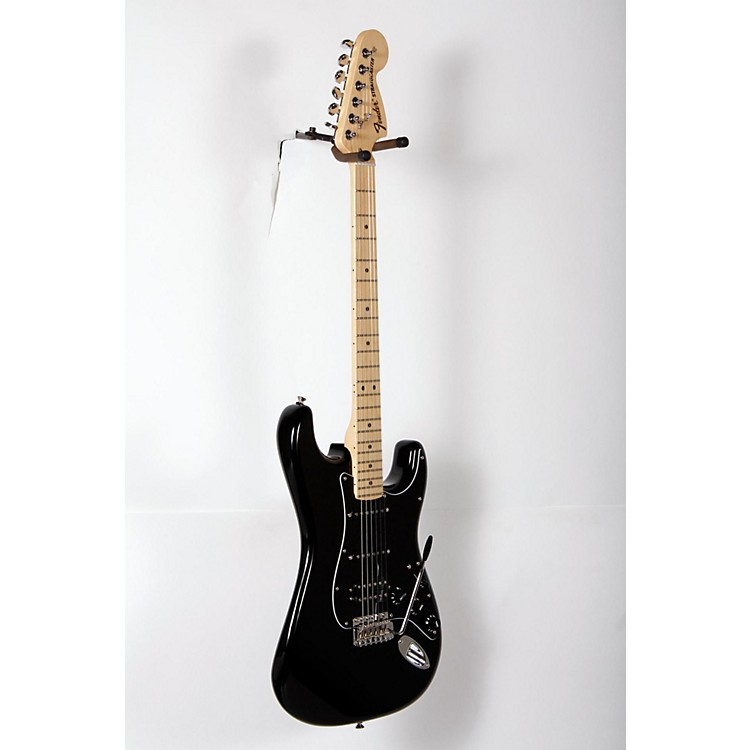 Fender American Special Stratocaster HSS Maple Fingerboard Electric Guitar Black, Maple Fingerboard 888365904429