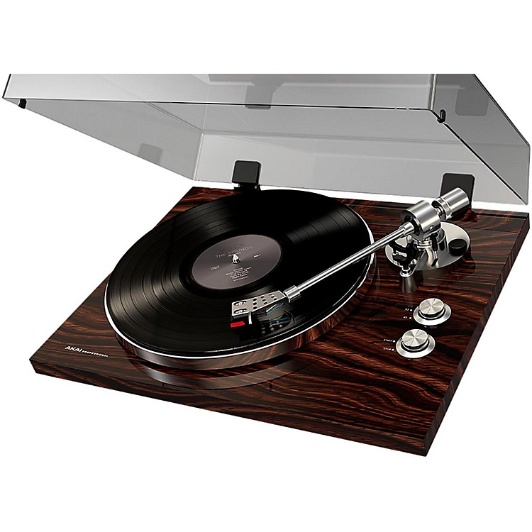 Akai Professional BT500 Belt Drive Streaming Record Player