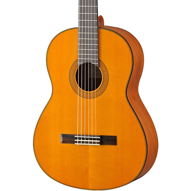 YamahaCG122 Classical GuitarCedar