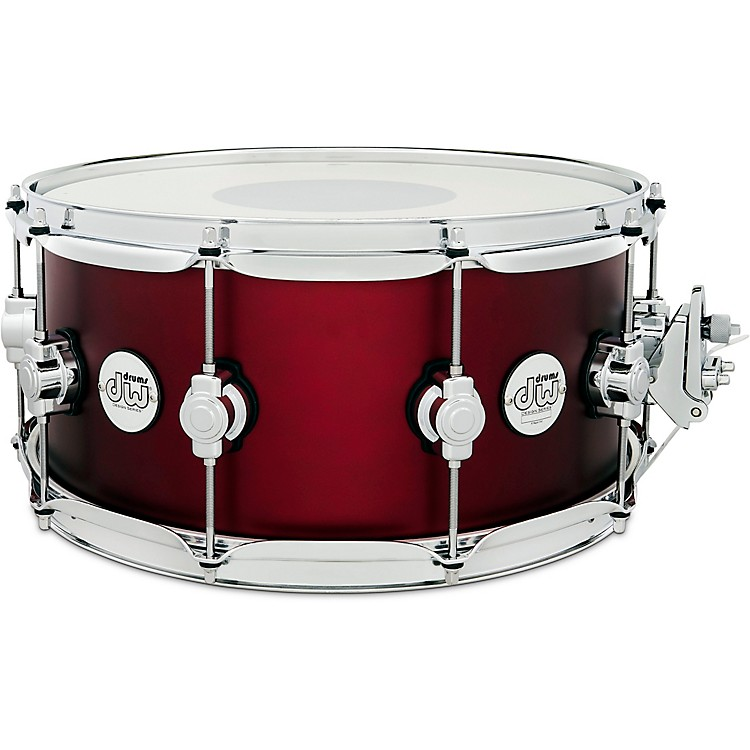 DWDesign Series Maple Snare Drum, Chrome Hardware14 x 6.5 in.Crimson Satin Metallic