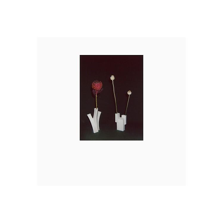 AllianceFelicia Atkinson - Flower & Vessel