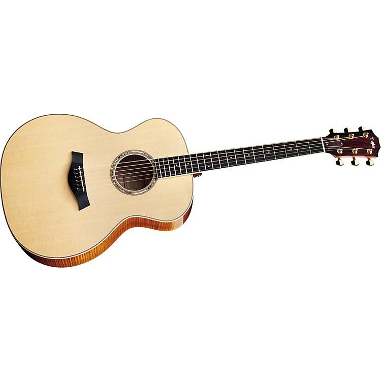 TaylorGA6 Grand Auditorium Maple/Sitka Acoustic Guitar (2010 Model)