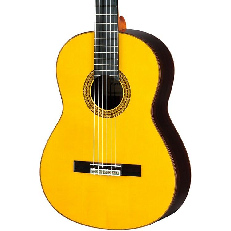 YamahaGC22 Handcrafted Classical GuitarSpruce