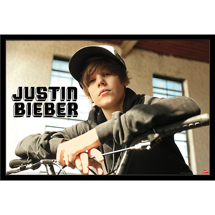 Trends International Justin Bieber - Bike Poster Framed Black