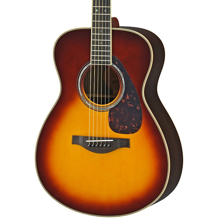 YamahaLS16R L Series Solid Rosewood/Spruce Concert Acoustic-Electric GuitarNatural
