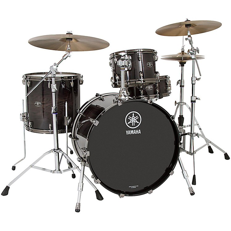 Yamaha Live Custom 3-Piece Shell Pack with 22 in. Bass Drum Black Wood