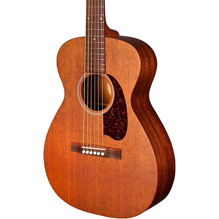 Guild M-20 Concert Acoustic Guitar Natural