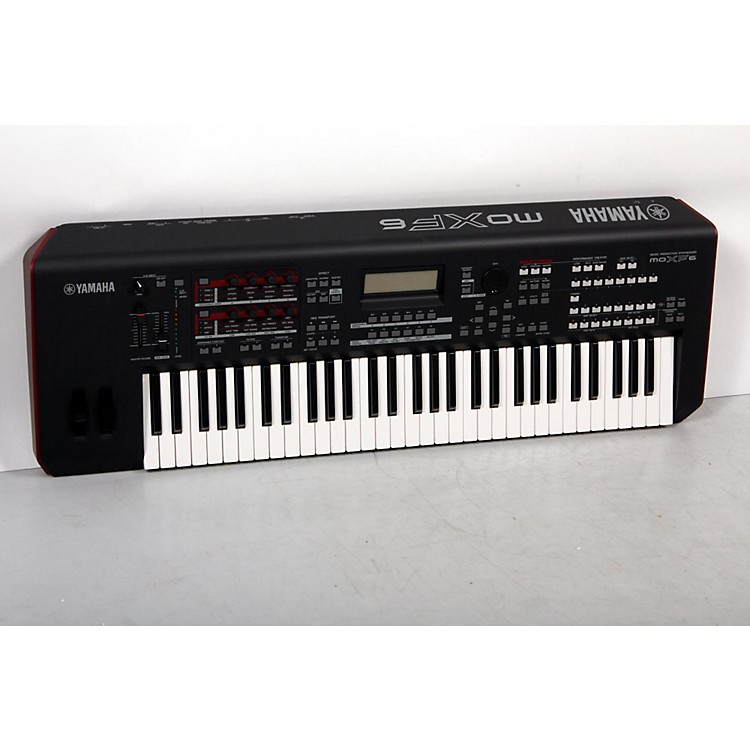 YamahaMOXF6 61-Key Semi-Weighted Synth888365830605