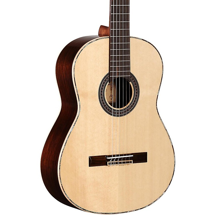 Alvarez Masterworks MCA70 Classical Acoustic Guitar Natural