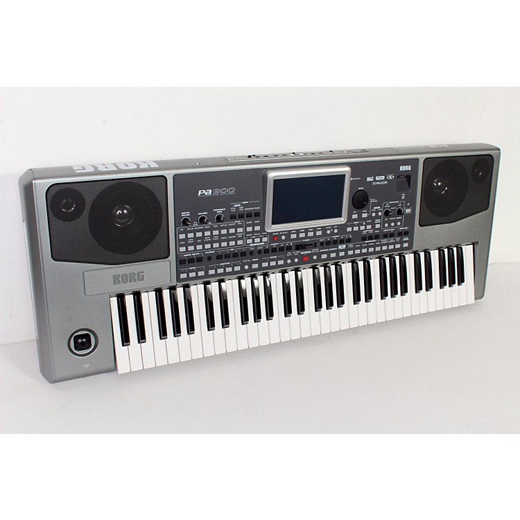 Korg Pa900 61-Key Pro Arranger Keyboard  888365794310