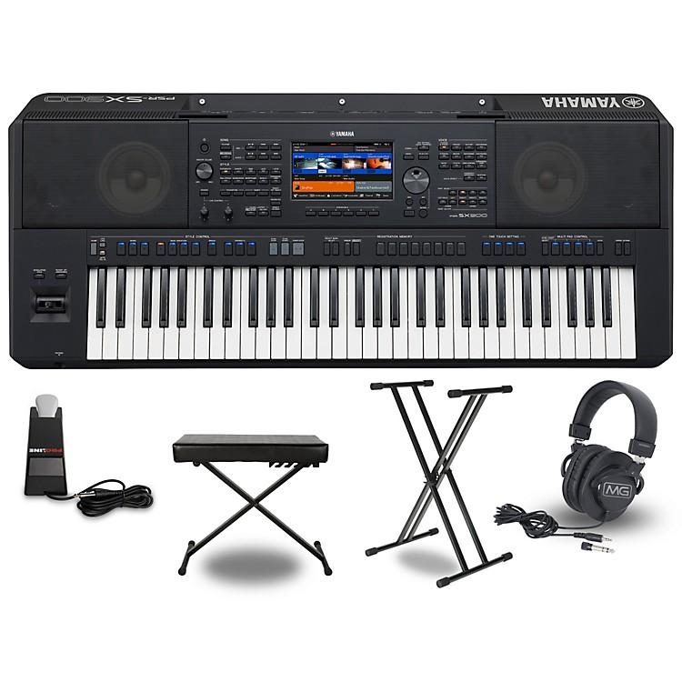 YamahaPSR-SX900 Keyboard PackageEssentials Package