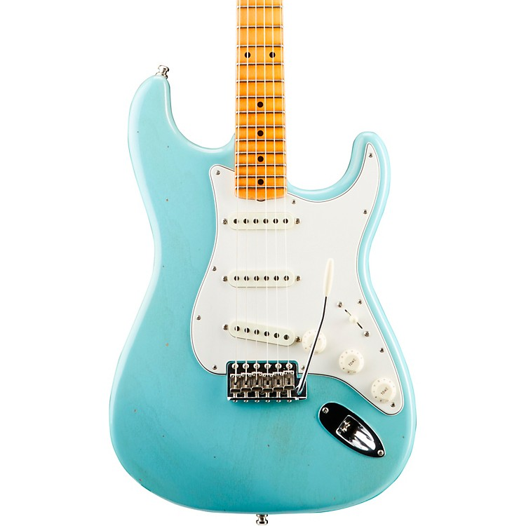 Fender Custom ShopPostmodern Stratocaster Journeyman Relic Electric GuitarAged Daphne Blue