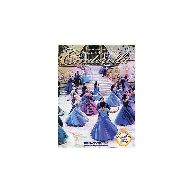 Hal LeonardRodgers & Hammerstein's Cinderella Piano, Vocal, Guitar Songbook