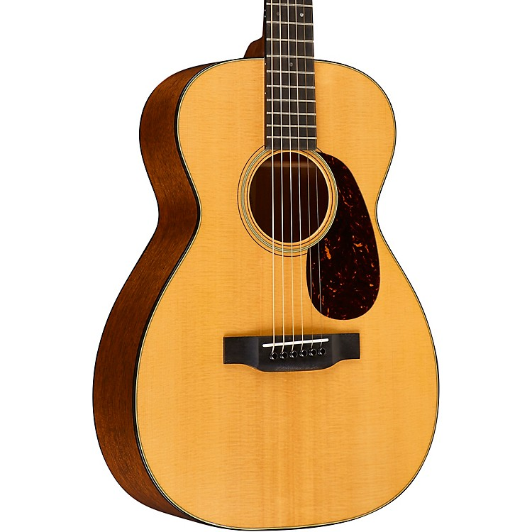 MartinStandard Series 0-18 Concert Acoustic GuitarAged Toner